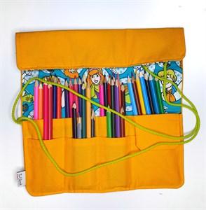 Twister Brush пенал для кистей с принтом/ Twister Brush pencil case for brushes